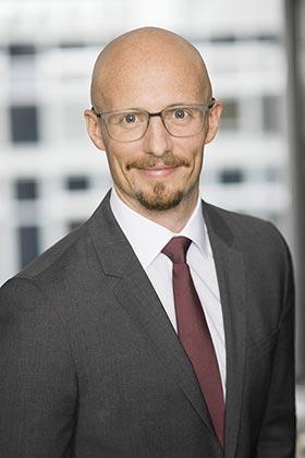 Dr. Tim Sturm